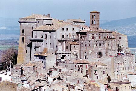 قلعه ویچینو اورسینی